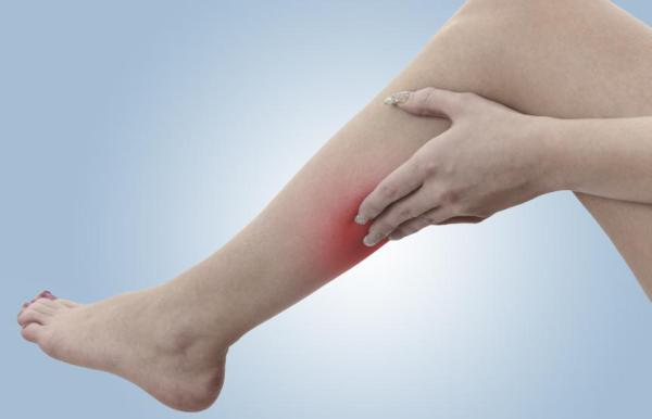 Pontadas nas pernas: causas comuns