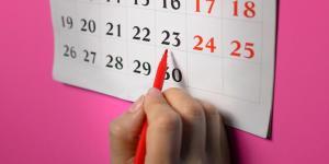 Pílula do dia seguinte atrasa menstruação até quantos dias?