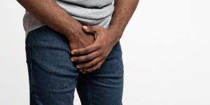 Por que sinto um formigamento no pênis?