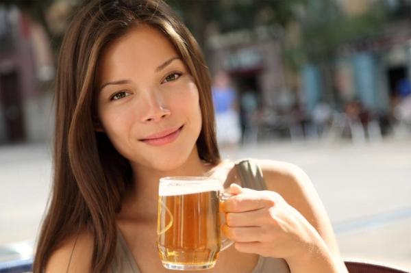 Álcool corta efeito da pílula do dia seguinte? - Pílula do dia seguinte: pode beber?