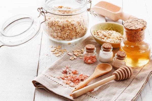 Tratamento caseiro para espinhas e pele oleosa - Esfoliante caseiro para a pele oleosa e com espinhas