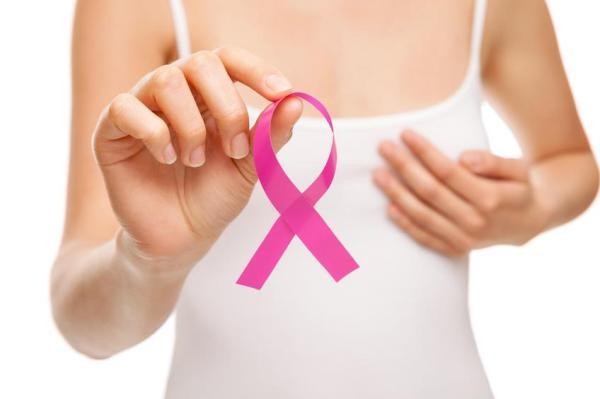 Caroço no seio: causas e soluções - Câncer de mama