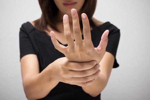 Palma da mão vermelha: o que pode ser - O que as mãos dizem sobre sua saúde
