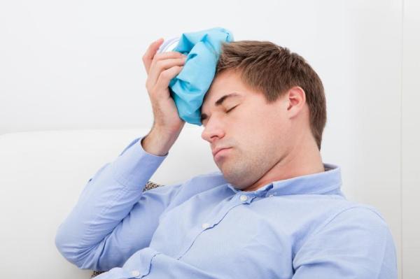 Pancada na cabeça: sintomas graves
