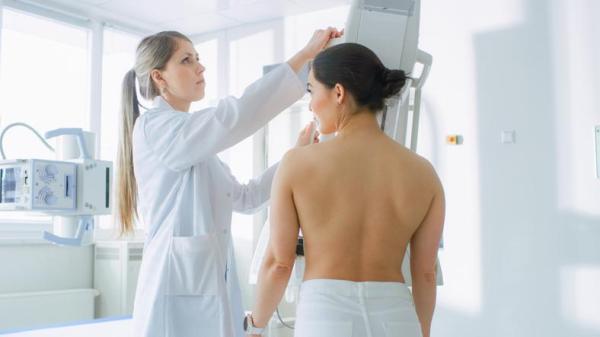 Manchas nos seios: causas e tratamentos