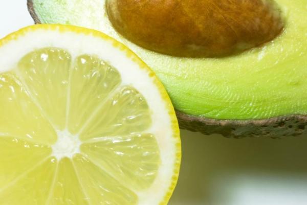 Hidratação com abacate para cabelos ressecados - Hidratação com abacate para cabelo oleoso