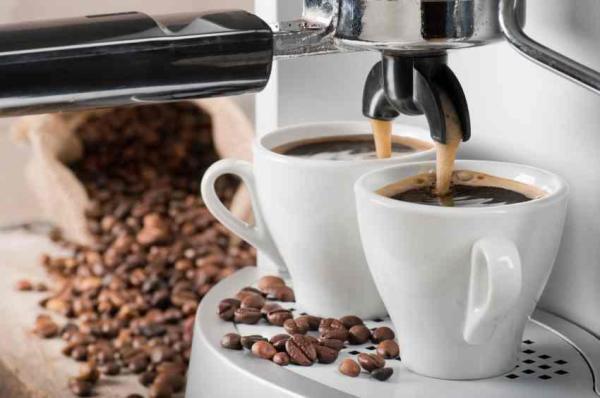 Alimentos que pioram a tosse - Dê uma pausa na cafeína