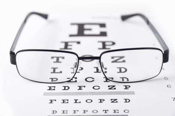 Olho esquerdo tremendo, o que significa? - Olho esquerdo tremendo: tratamentos