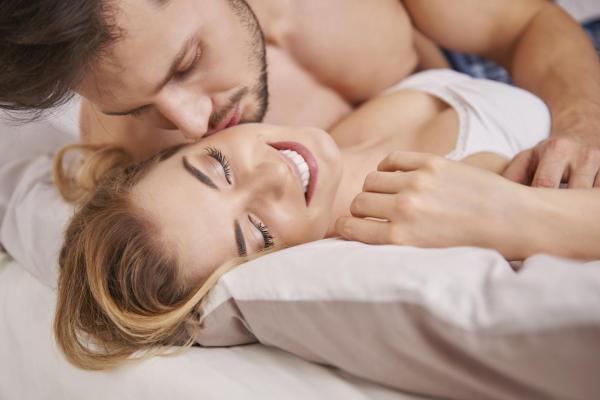 Dor no bico da mama, o que pode ser? - Dor no bico da mama por fricção