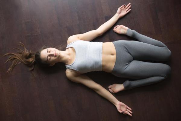 Como ganhar flexibilidade nas pernas rápido - Postura de celibato para relaxar a tensão nos músculos
