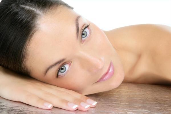 Vitamina E para a pele: para que serve e como usá-la - Benefícios da vitamina E para a pele