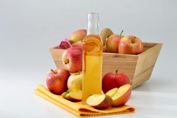 Remédios caseiros para a artrose nas mãos - Vinagre de maçã para artrose nas mãos