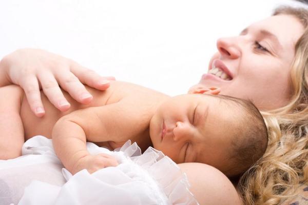 Dor no clitóris pós parto - Dor no clitóris pós parto: causas