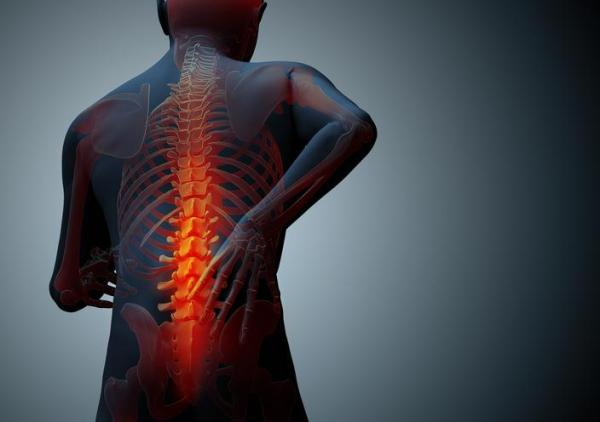 Espondilolistese: sintomas, causas e tratamento