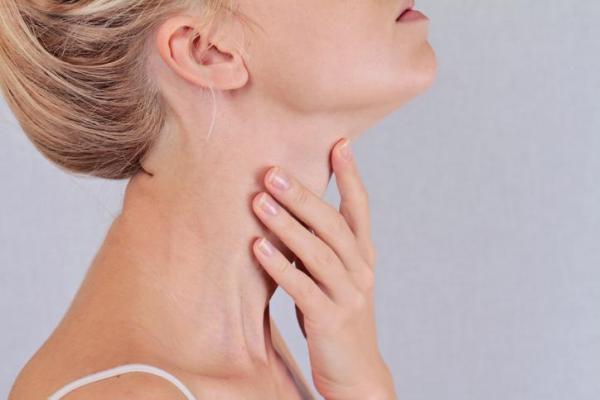 Pressão no pescoço e garganta: causas