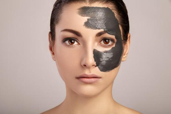 Máscara de carvão ativado caseira - Máscara de carvão ativado e gelatina