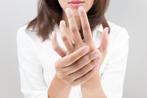 Caroço na mão: o que pode ser